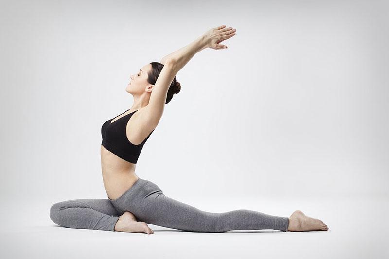 Yoga vừa giúp giảm mỡ bụng hiệu quả vừa giúp các mẹ tránh trầm cảm